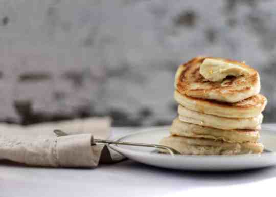 How to Make Easy Fluffy Vegan Pancakes from Scratch
