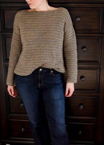 free sweater crochet pattern for women. Plus sizes included in the free crochet pattern.