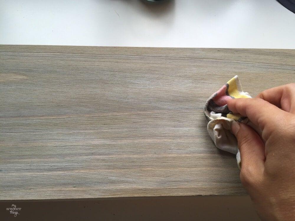 Como hacer el efecto de madera desgastada o envejecer madera