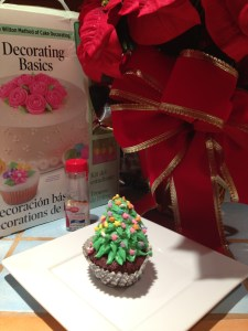 Christmas Tree Cupcake Wilton Kit
