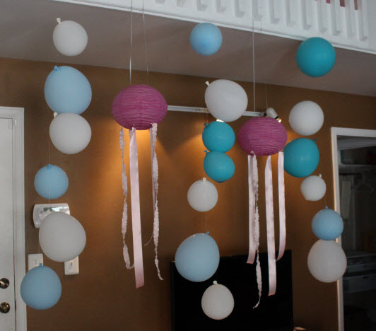 Jellyfish Paper Lanterns at Sweetie Pie and Cupcakes