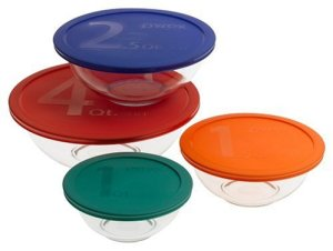 Pyrex Bowls Set of 4