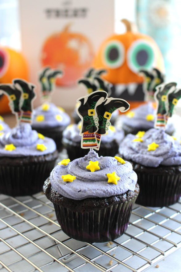 Witch Theme Cupcakes