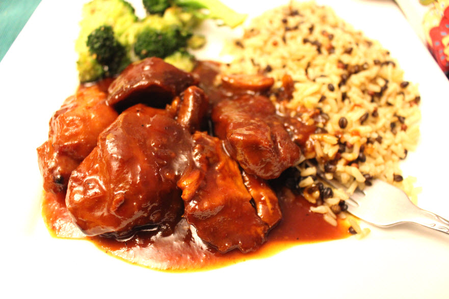 Easy Orange Chicken at Sweetie Pie and Cupcakes