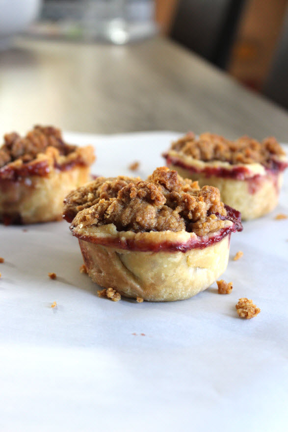 Mini Apple Berry Crumble Top Pies