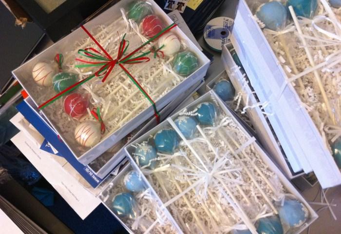 Christmas And Holiday Cakepops Sweet Lauren Cakes Artisan Cake