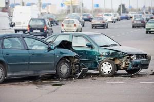 4 People Injured in T-Bone Crash at Cottonwood Avenue and Lyon Avenue (San Jacinto, CA)