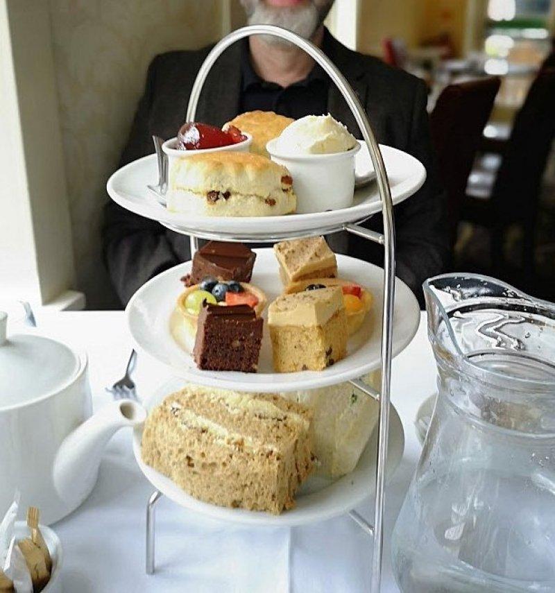 afternoon tea at Mercure Tunbridge Wells