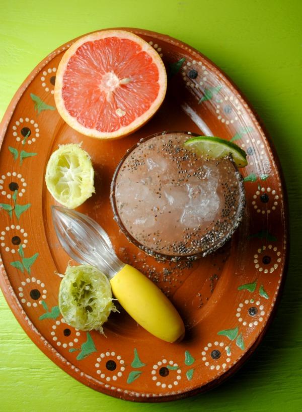 Agua Fresca de Toronja con Chia recipe from sweetlifebake.com