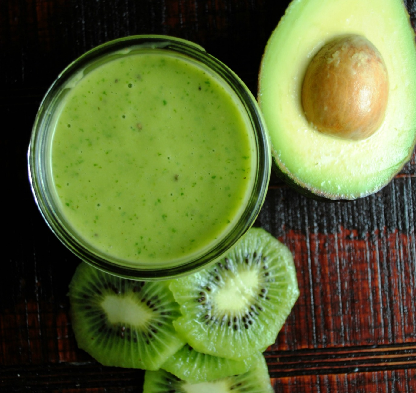 avocado-kiwi-dressing-VianneyRodriguez-sweetlifebake