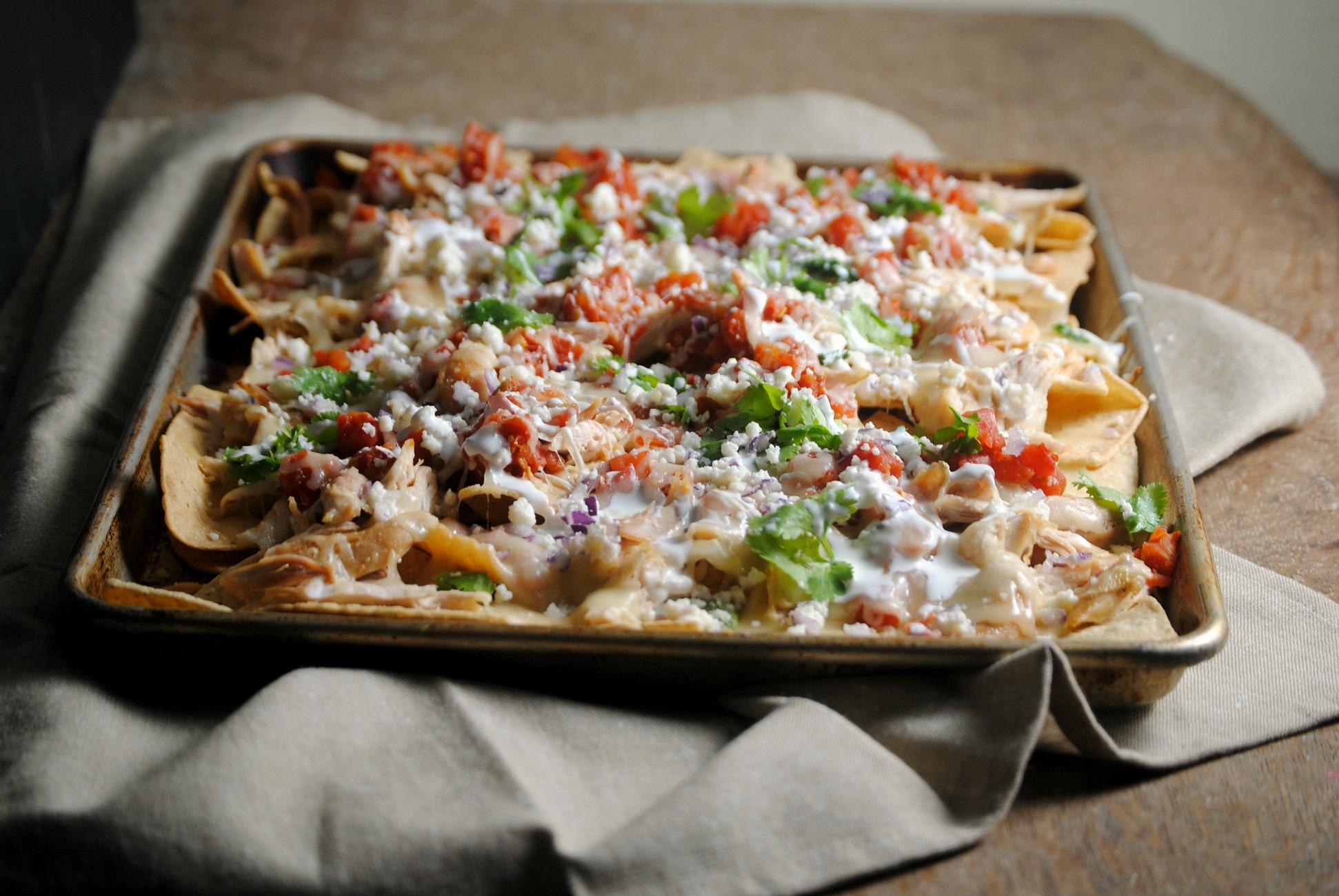 roasted-chicken-nachos-VianneyRodriguez