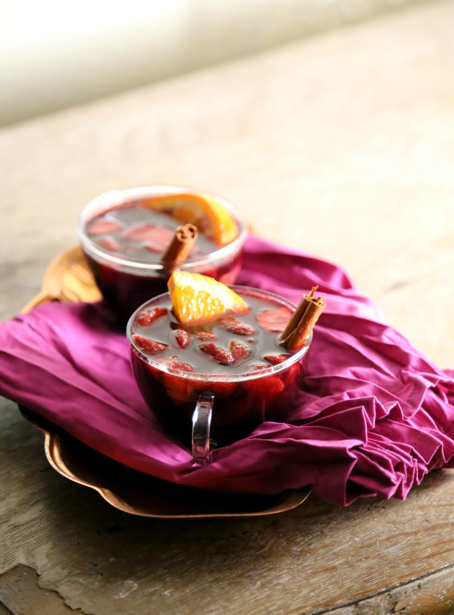 spiced-red-wine-sangria-VianneyRodriguez-sweetlifebake