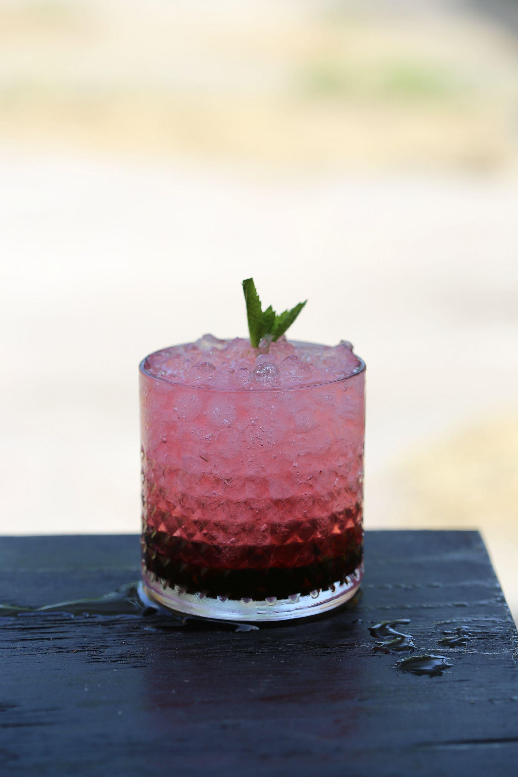 blackberry-mojito-cocktail-rum-vianneyrodriguez-sweetlifebake