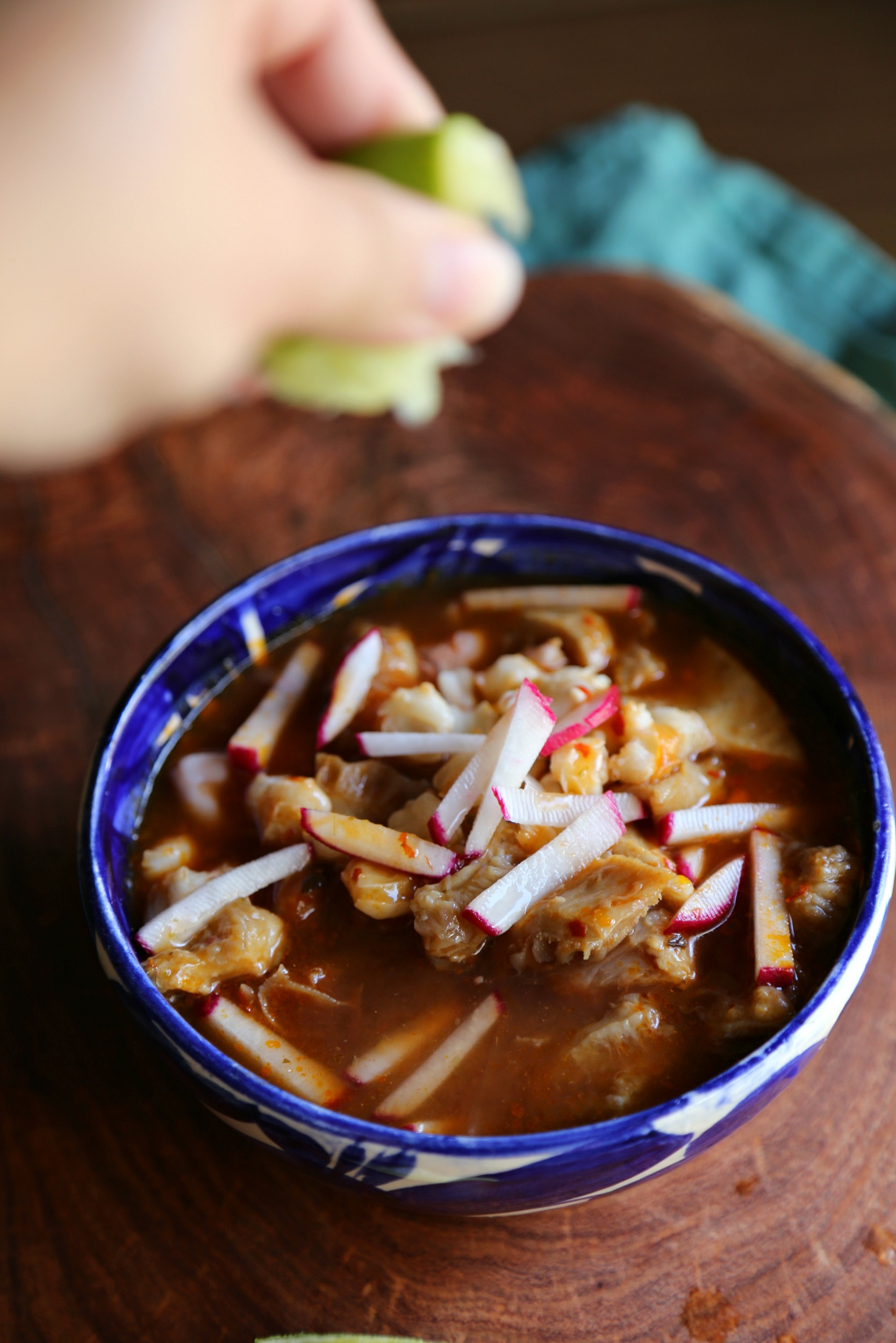 How to make Menudo {Video} - Sweet Life