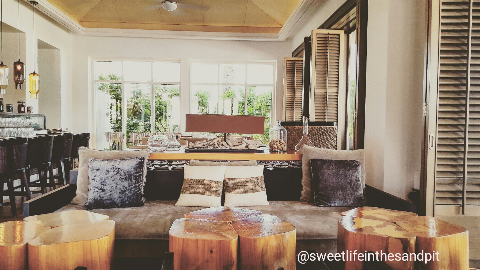 living room restaurant abu dhabi how to decorate large windows breakfast at beach house park hyatt review