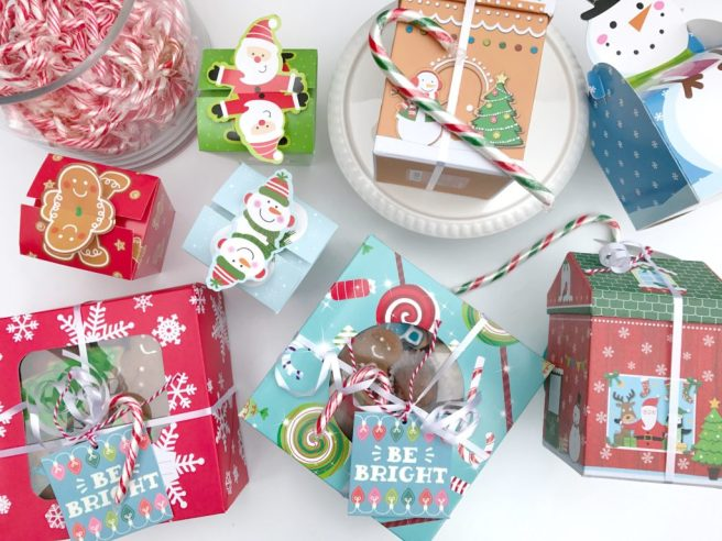 Packaging Christmas Cookies