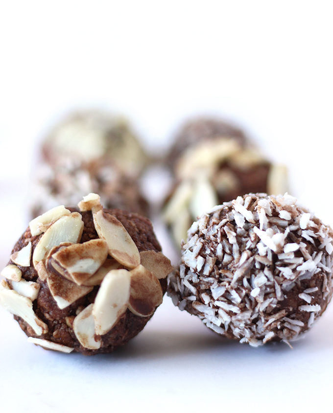 These coconut almond bliss balls are the perfect bite sized treat! Made with simple and wholesome ingredients, these require no baking and contain no gluten or refined sugar!