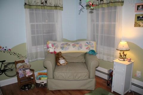 baby nursery with woodland animal theme