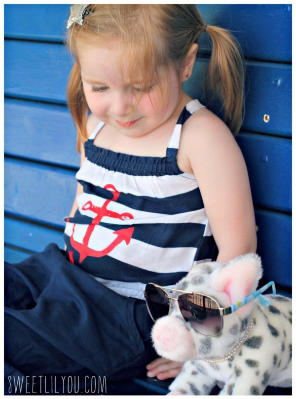 Nautical style and a pig