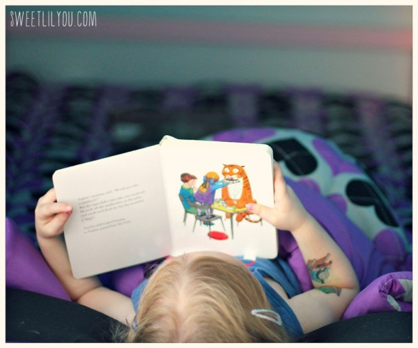Reading in bed with zipit