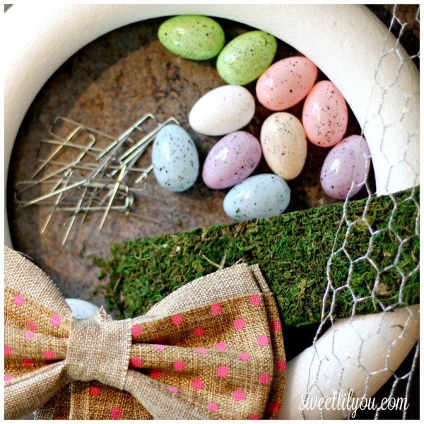 DIY moss wreath