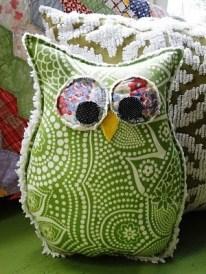 green_owl_pillow
