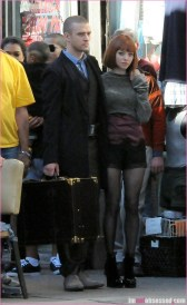 justin-timberlake-amanda-seyfried-im-mortal-movie-set-red-wig3-784x1280