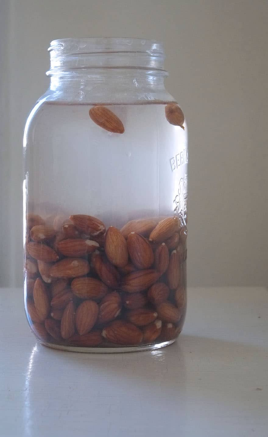 soaking almonds for almond milk
