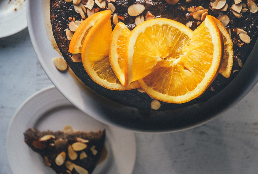 honey almond poppy seed cake #paleo #glutenfree #grainfree
