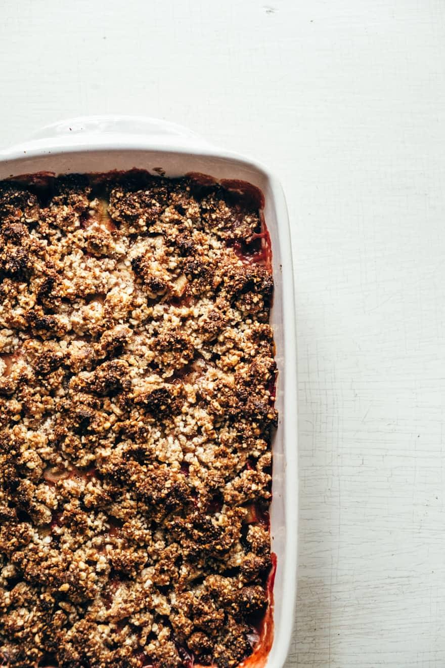 coconut creamed strawberry rhubarb crisp #healthy #vegan #paleo #recipe