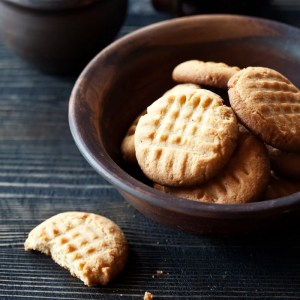 SWEETLY Peanut Butter Biscuits