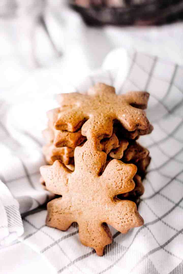 Gingerbread spice christmas cookies