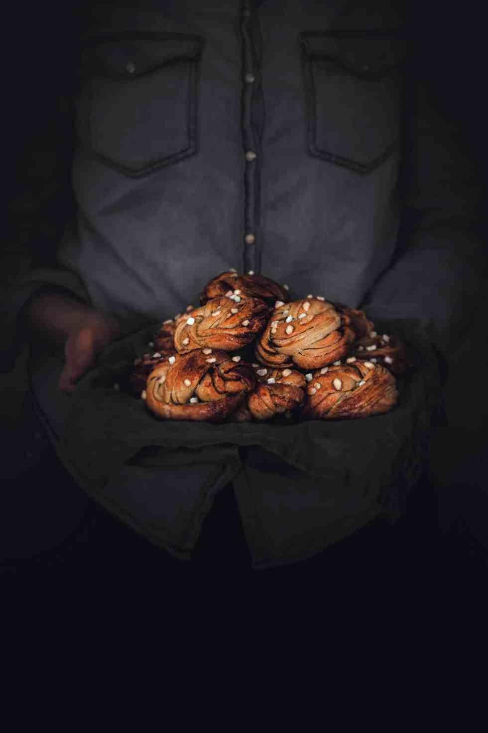 Little cinnamon rolls buns