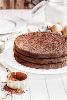 How to make chocolate cake with cocoa