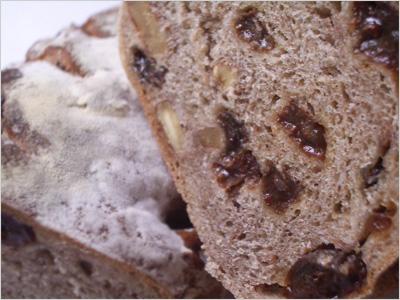 ナカガワ小麦店「feuille」の断面