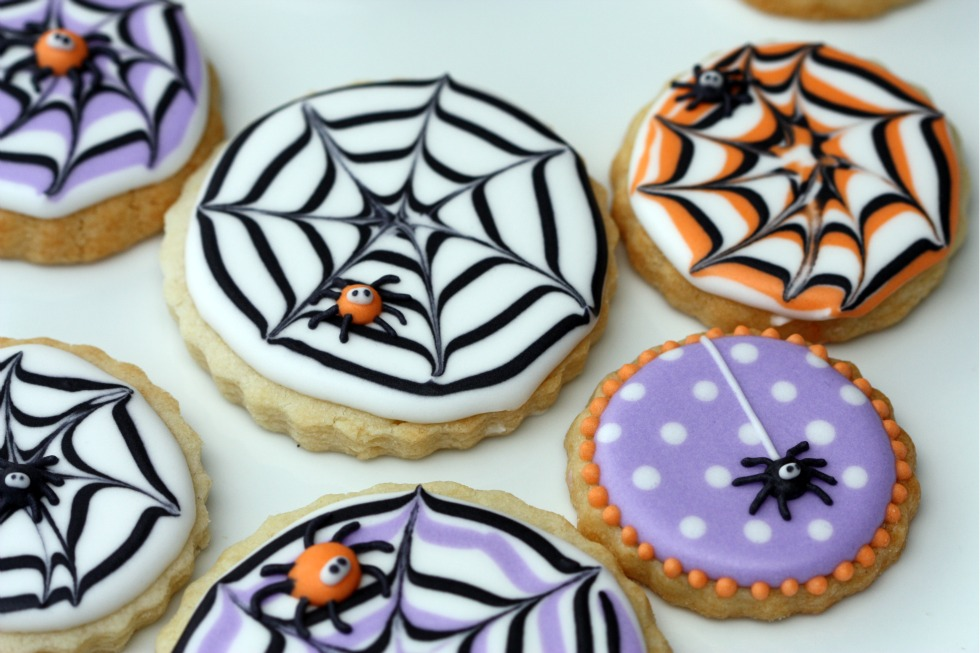 How to Make a Spiderweb Cookie