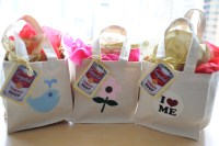 Baby Shower: Tots n Totes