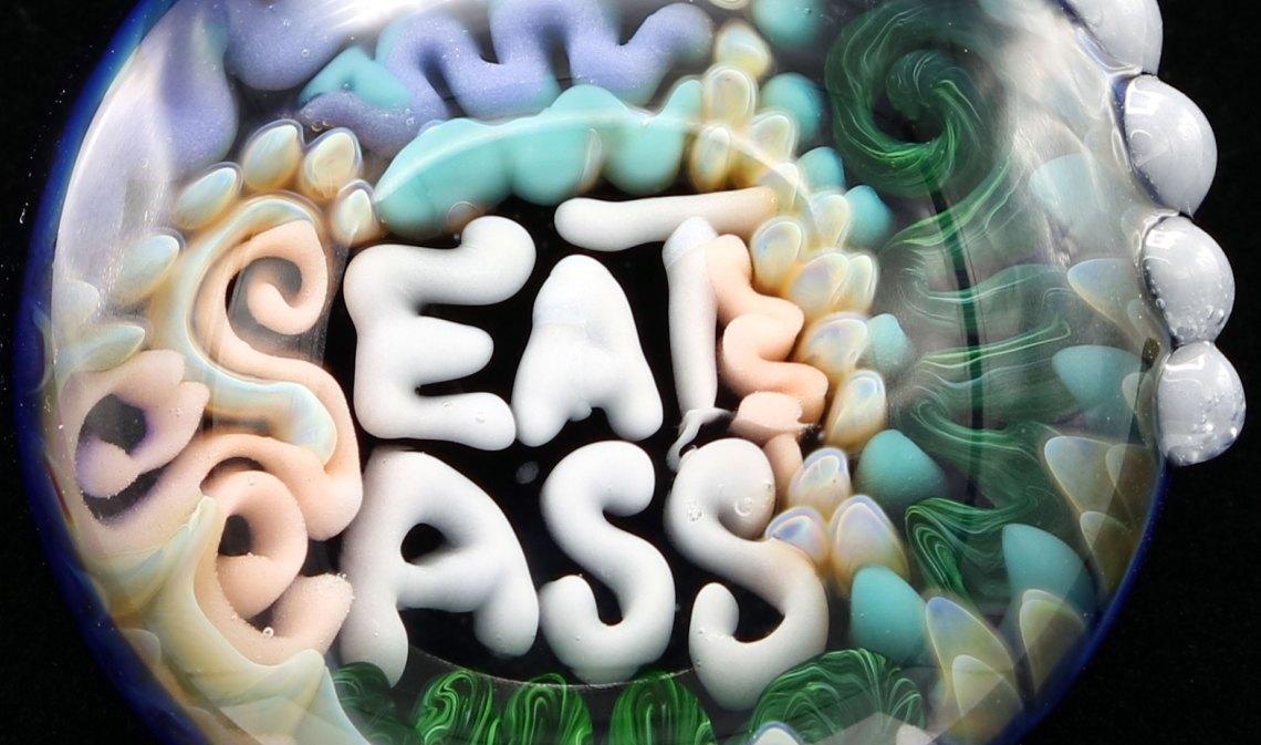 Junebug Glass – Eat Ass Pendant
