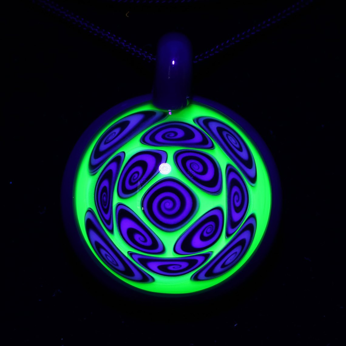 Kaja Glass – 13 Section Illuminati over Spruce Microspiral Pendant