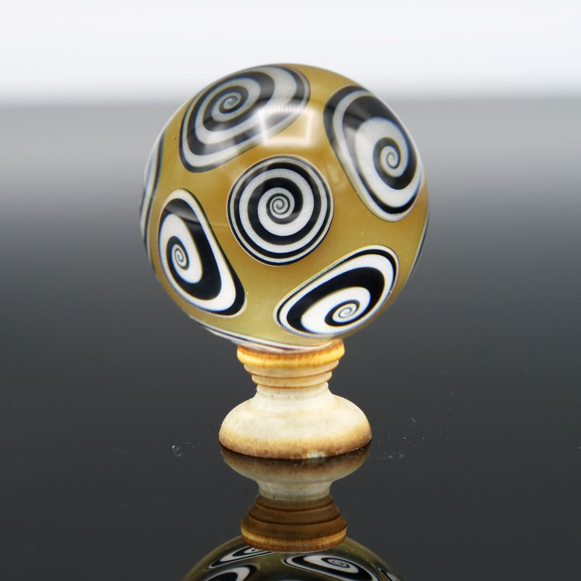 Kaja Glass – Moonlight UV Microspiral Marble