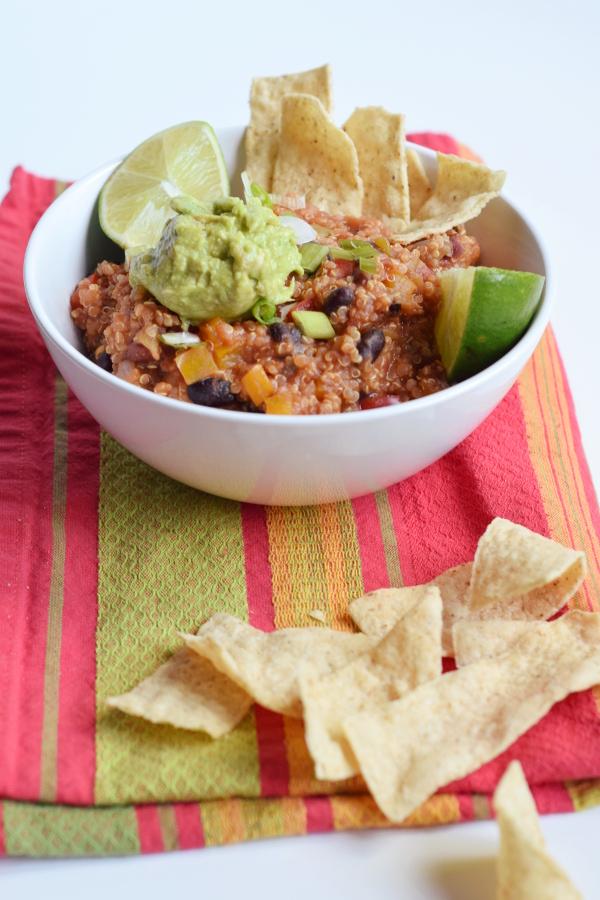 slow cooker mexican quinoa bake #glutenfree #vegan #slowcooker