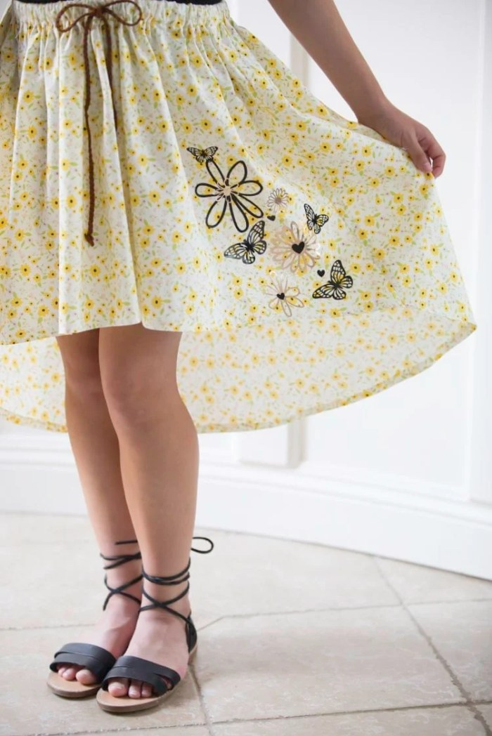 My Sweet Sunshine Iron-On HTV Flower skirt tutorial Violette Field Threads