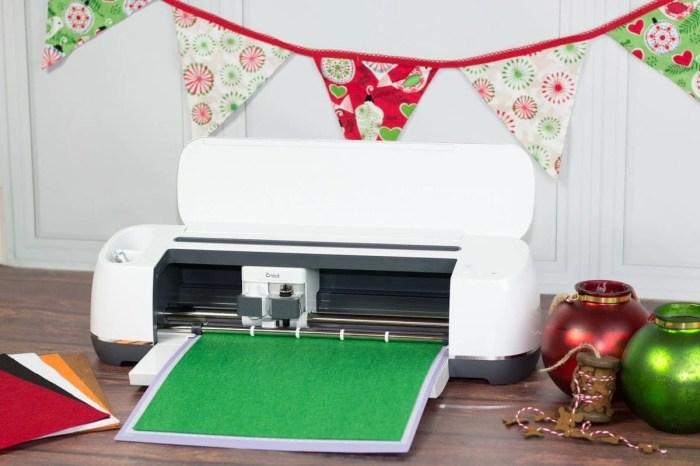 Cricut Photo Booth Props DIY Christmas Tutorial
