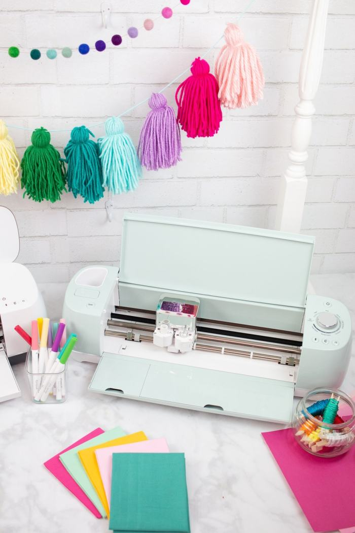 What can the Cricut Explore Air 2 cut?