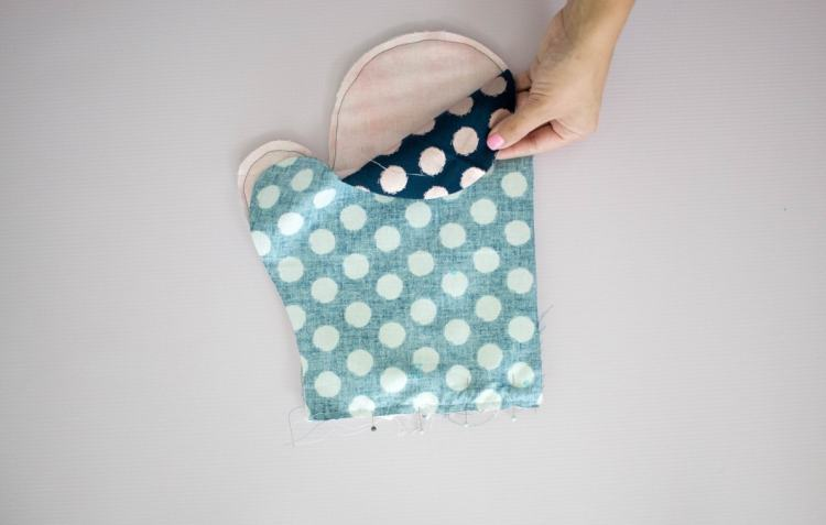 Oven Mitt Sewing Tutorial