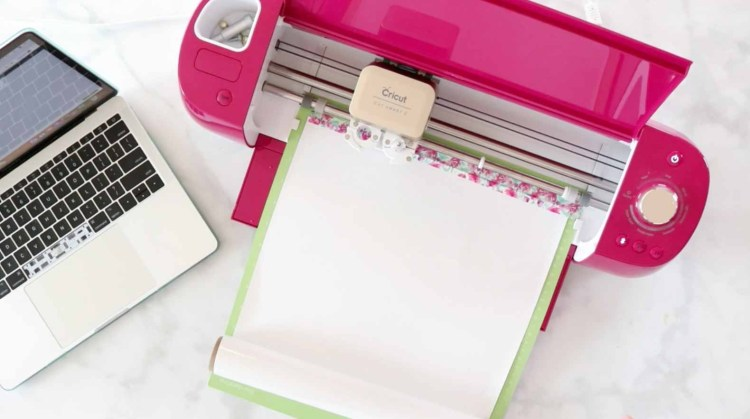 Cricut Machine for personalization