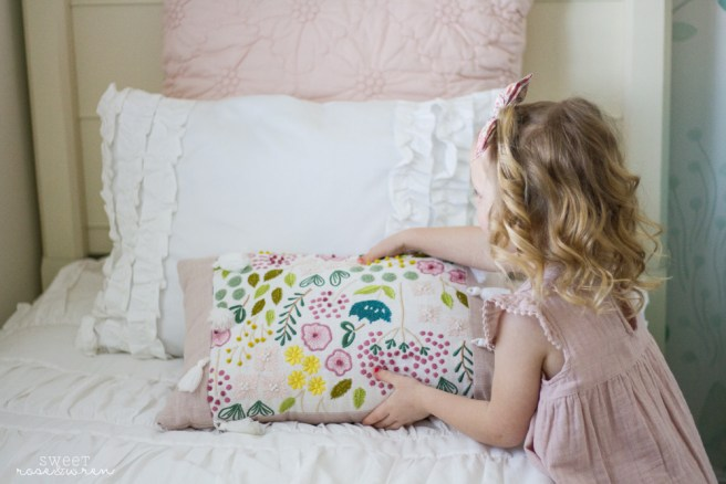 Make Your Bed In A Zip With Beddy S Sweetroseandwren Com
