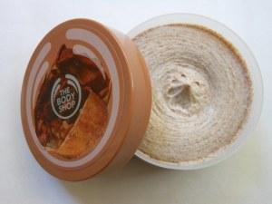 The-Body-Shop-Cocoa-Butter-Cream-Body-Scrub-Review