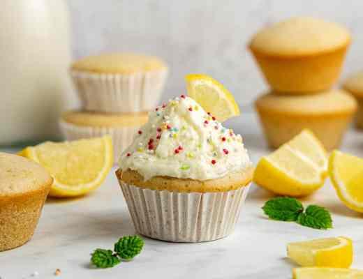 Cupcake senza glutine al limone senza lattosio e senza uova morbidi ricetta facile