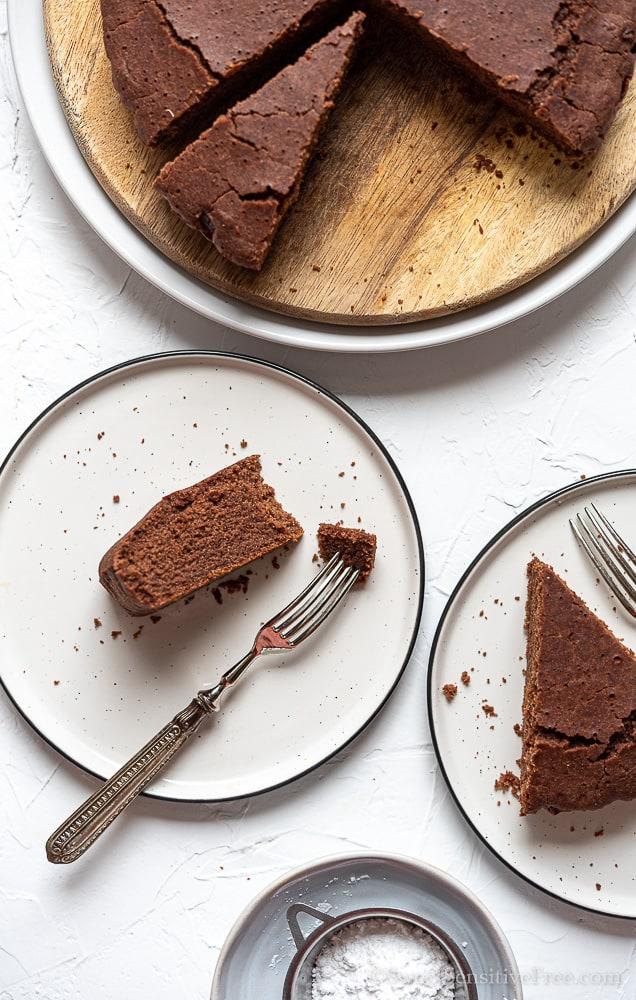 Egg free chocolate cake with Aquafaba